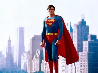 Superman (1978) - nagroda specjalna za osiągnięcia w dziedzinie efektów specjalnych; nominacje w kategoriach: Najlepsza muzyka oryginalna, Najlepszy dźwięk, Najlepszy montaż
