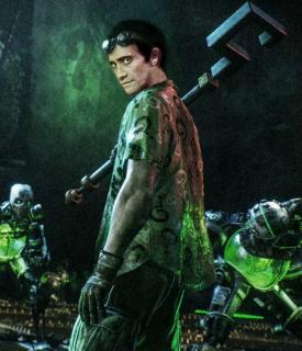 Jake Gyllenhaal jako Człowiek Zagadka