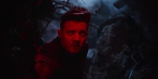 Trudno stwierdzić, w którym miejscu znajduje się Hawkeye (czy raczej już Ronin); pojawiły się teorie, że to w tym ujęciu miałby on spotkać resztę ocalałych Avengers, zakładając, że z Czarną Wdową widział się już wcześniej