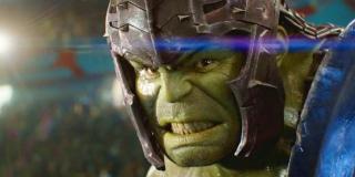 Prawa do postaci Hulka są współdzielone pomiędzy firmami Universal i Marvel. Negocjacje pomiędzy nimi doprowadziły do patowej sytuacji – to główny powód, dla którego w najbliższej przyszłości nie mamy co liczyć na kolejny samodzielny film o Zielonym Goliacie.