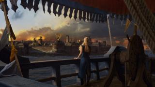 11. Splądrowanie Astapor (s03e04) - Daenerys pokazała, że nie wolno jej lekceważyć. W tym starciu zdobyła nie tylko armię lojalnych wojowników, ale pokazała także swoją przebiegłość. Moment, w którym Drogon atakuje swoim ogniem handlarza na rozkaz Daenerys, to jeden z ważniejszych momentów w historii tej bohaterki.