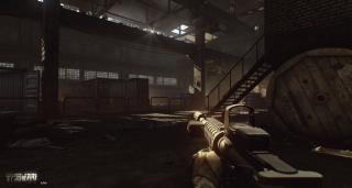 Akcję Escape from Tarkov osadzono w tytułowym, fikcyjnym mieście. Produkcja cechuje się mroczną, ponurą atmosferą i poczuciem ciągłego zagrożenia ze strony innych graczy.