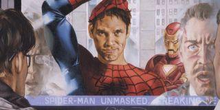 Pierwsza ze scen po napisach pokazuje nam, jak Daily Bugle (poinformowane przez Mysterio) ujawnia światu, że Peter Parker jest Spider-Manem. Pajączek zdradził swoją tożsamość choćby w komiksowej serii Civil War – następstwa tego wydarzenia były jednak tak wielkie, że Marvel ostatecznie zdecydował się cofnąć cały zabieg.