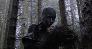 4. Pod skórą (2013)