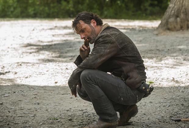 Fani atakują 7. sezon the Walking Dead za brutalność. Reżyser odpowiada