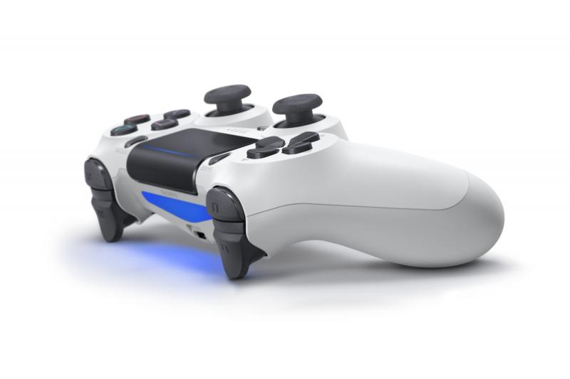 Sony opatentowało bezprzewodową przystawkę ładującą do DualShocka 4