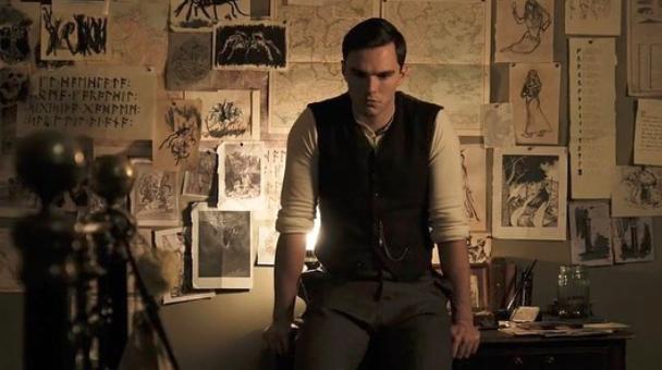 Renfield - Nicholas Hoult jako sługa Drakuli w filmie od Universal Studios
