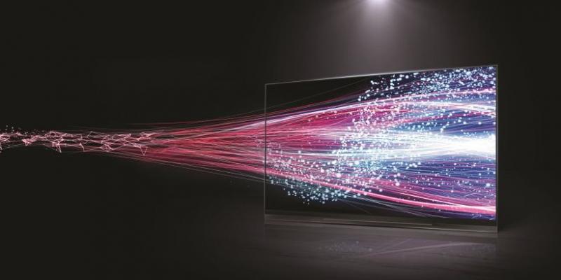 LG eksperymentuje z bezramkowymi telewizorami OLED z wygiętym ekranem
