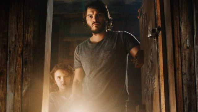 Freaks - Emile Hirsch spróbuje ochronić córkę w thrillerze. Zobacz zwiastun