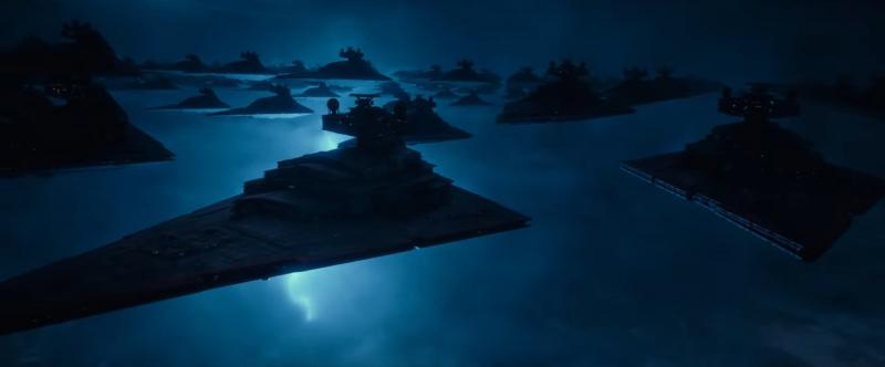 Gwiezdne Wojny: Skywalker. Odrodzenie - Palpatine na okładce magazynu. Boyega o krytyce Ostatniego Jedi