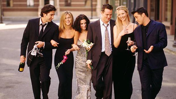 Przyjaciele znowu razem. Jennifer Aniston z przytupem wchodzi na Instagrama
