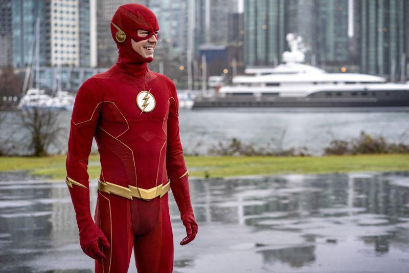 Flash i Legends of Tomorrow - co w kolejnych odcinkach serialu? [WIDEO]