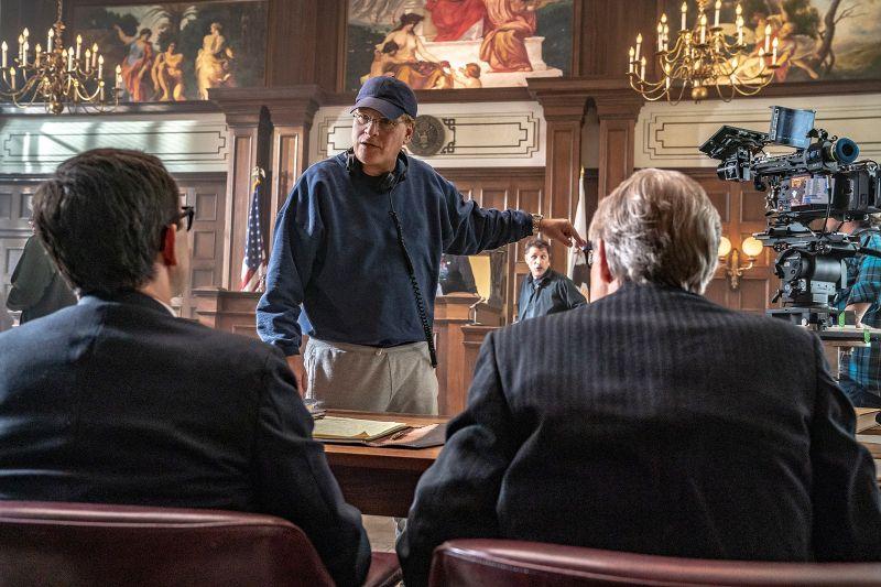 Proces Siódemki z Chicago - pełny zwiastun filmu. Faworyt Netflixa w walce o Oscary