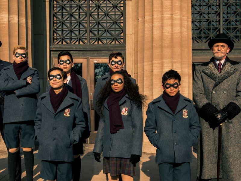 The Umbrella Academy - serialowy Ben pokazuje członków Akademii Sparrow