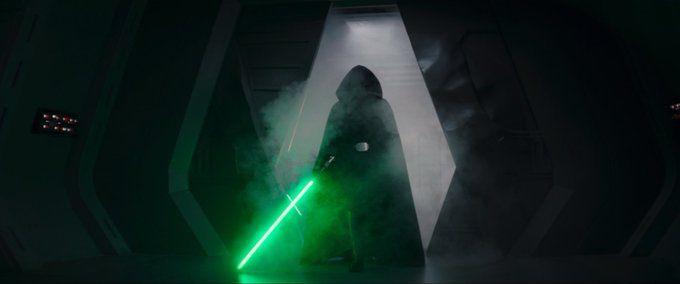 """Disney zaprezentował """"prawdziwy"""" wysuwany miecz świetlny"""