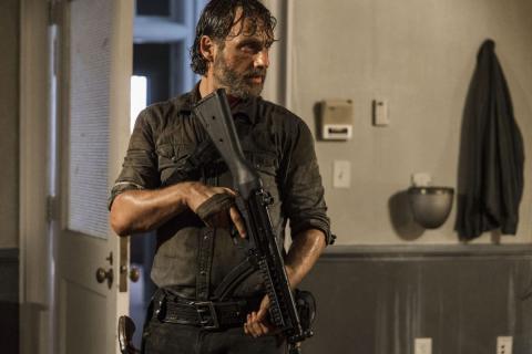 The Walking Dead: Nowy świat - czy Rick pojawi się w finale sezonu? Jest odpowiedź stacji