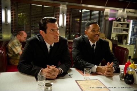 Faceci w czerni 3 - agenta K mógł zagrać ktoś inny. Były naciski