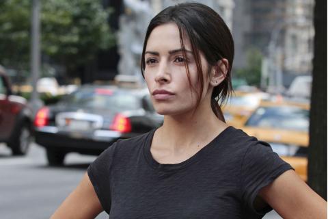 Sarah Shahi zagra w City On a Hill. Affleck pomysłodawcą serialu