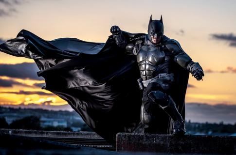 Znakomity cosplay Batmana. Zobacz Mrocznego Rycerza