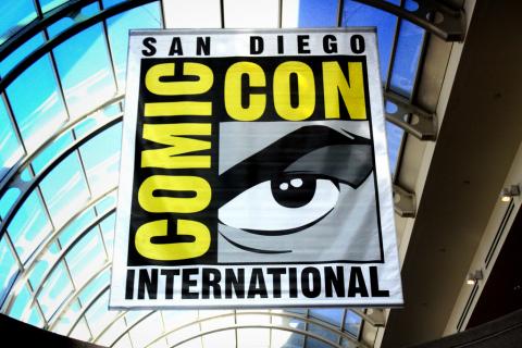 Warner Bros. ujawnia seriale, jakie pojawią się na Comic-Conie
