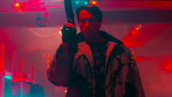 Kultowe postacie z filmów walczą w nocnym klubie – rewelacyjny mashup