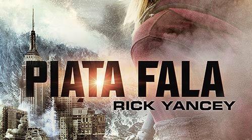Piąta fala – powieść sci-fi z okładką filmową