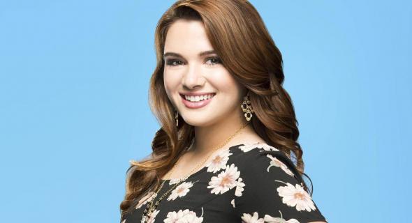 Katie Stevens: Faking It to serial dla każdego – wywiad