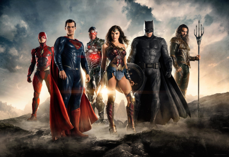 Ezra Miller: Krytyka Legionu samobójców motywacją dla Justice League. Nowe logo