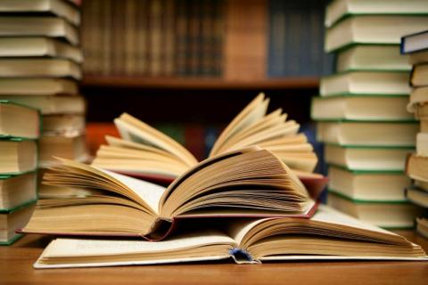 Bestsellery Empiku: Najlepiej sprzedające się książki 2016 roku