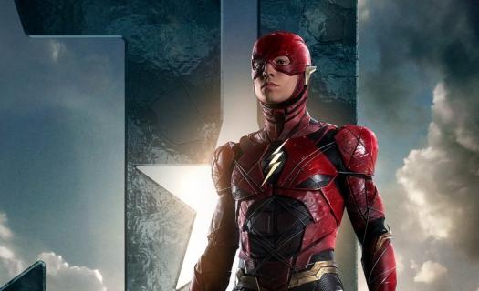 Liga Sprawiedliwości – Flash na nowym zdjęciu promocyjnym. Kolejne ujęcie zabawkowego Steppenwolfa