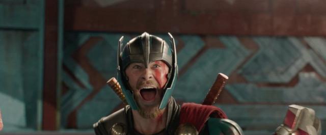 Niespodziewany bohater w Asgardzie. Zobacz kadr z bonusowej sceny Thor: Ragnarok
