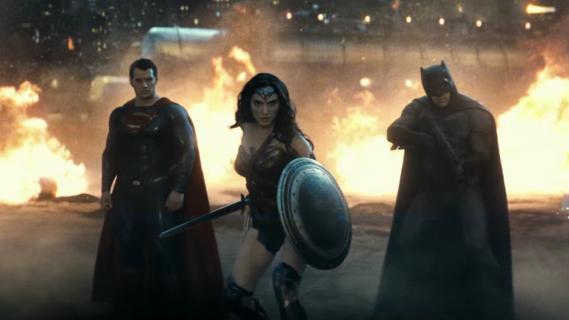 Batman v Superman - Snyder o znaczeniu kontrowersyjnej sceny z Marthą. Zdradza nowe ciekawostki