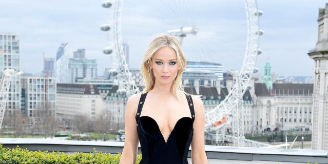 Zjawiskowa Jennifer Lawrence promuje film Czerwona jaskółka. Zobacz zdjęcia