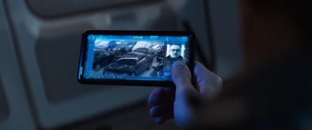 Smartfonowy product placement w filmach i serialach