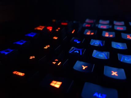 Podświetlenie jest w cenie, czyli designerskie gadżety gamingowe – Galeria