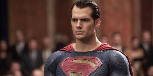 Henry Cavill  chce wrócić do roli Supermana? Aktor podobno skomentował sytuację