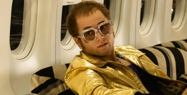 Rocketman ocenzurowany w Rosji. Elton John krytykuje