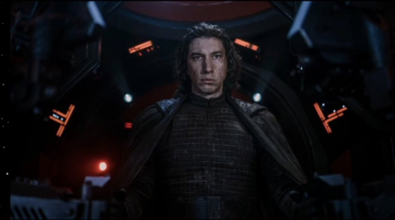 Gwiezdne Wojny: Skywalker. Odrodzenie - Kylo Ren na nowym zdjęciu z filmu
