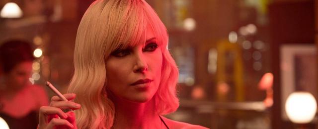 Charlize Theron - atomowa blondynka w Hollywood. Tego o aktorce nie wiecie