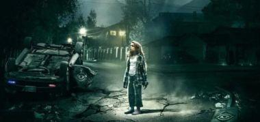 Freaks - nowy zwiastun thrillera. Ojciec i córka w niebezpieczeństwie
