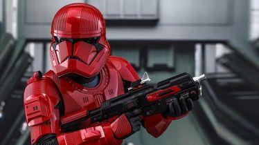 Gwiezdne Wojny: Skywalker. Odrodzenie - szturmowcy Sithów na Comic-Conie [wideo]