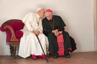 Dwóch papieży - Anthony Hopkins w filmie Netflixa. Pierwszy zwiastun