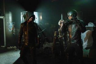 Arrow - zwiastun finałowego sezonu serialu. Oliver wraca do początku