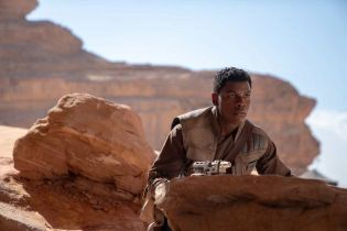 Skywalker. Odrodzenie - United Airlines promuje film. Kevin Smith ogląda zwiastun