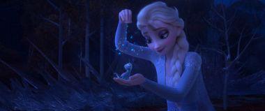 Kraina lodu 2 - naklejki z bohaterami filmu w Multikinie. Jak je zdobyć?