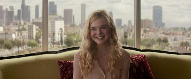 The Girl From Plainville - Elle Fanning zagra w serialu o samobójstwie Conrada Roya