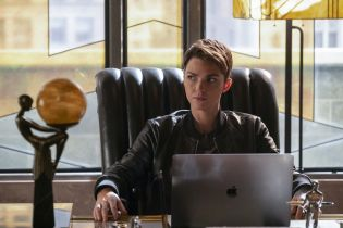 Batwoman - asystentka produkcji serialu została sparaliżowana po wypadku na planie
