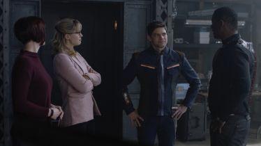 Supergirl - zdjęcia z kolejnego odcinka serialu. Winn w superbohaterskim stroju
