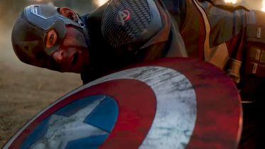 Avengers: Endgame - zniszczenie tarczy Capa mogło być bardziej widowiskowe. Ależ moc! [SZKIC]