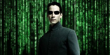 Matrix 4 - Keanu Reeves nazywa film historią miłosną. Kiedy dzieje się akcja produkcji?